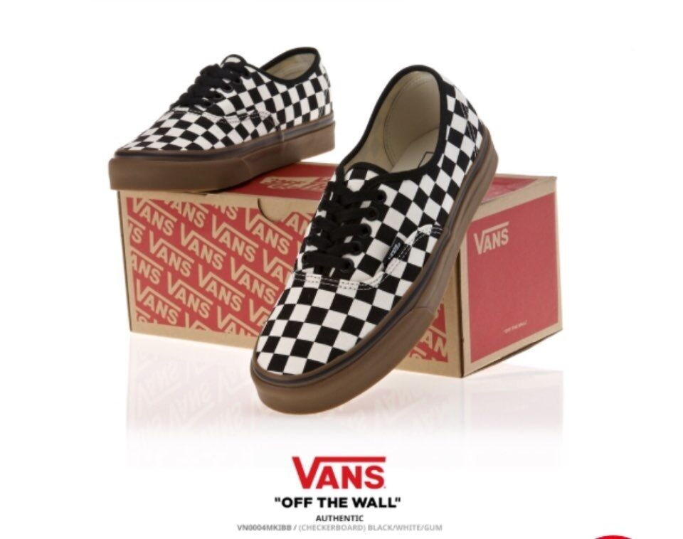 f9c0d1fe29286 Vans Authentic Checkerboard size 6 Black White Gum VN0004MKIBB