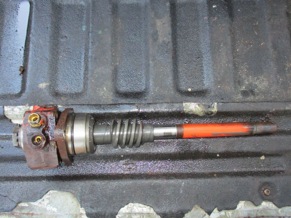 Farm Tractor Drive Shaft : Case gas farm tractor steering worm drive shaft free