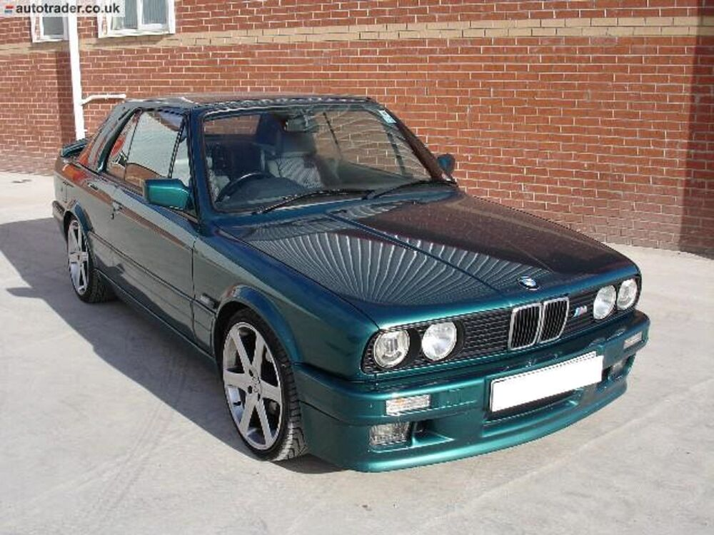 bmw e30 m tech 2 coupe side skirts and door pods 8 piece. Black Bedroom Furniture Sets. Home Design Ideas