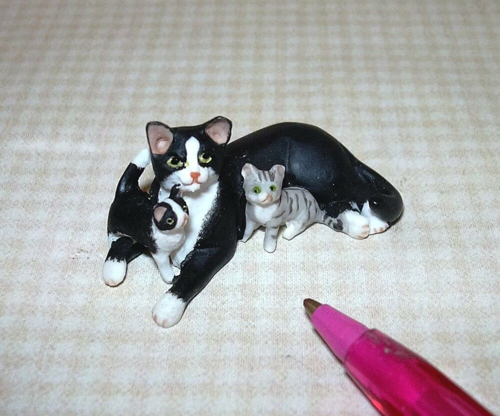 Miniature Black and White Mommy Cat/2 Kittens: DOLLHOUSE Miniatures ...