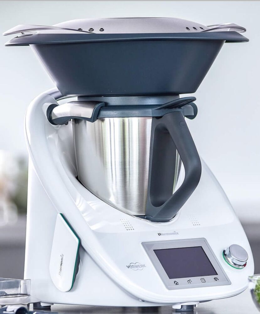 Vorwerk thermomix bimby tm5 tm 5 varoma and accessories - I companion vs thermomix ...