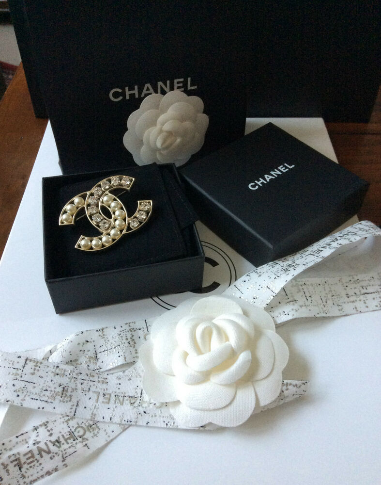 pin chanel authentic mint products cc silver crystal brooch large baguette