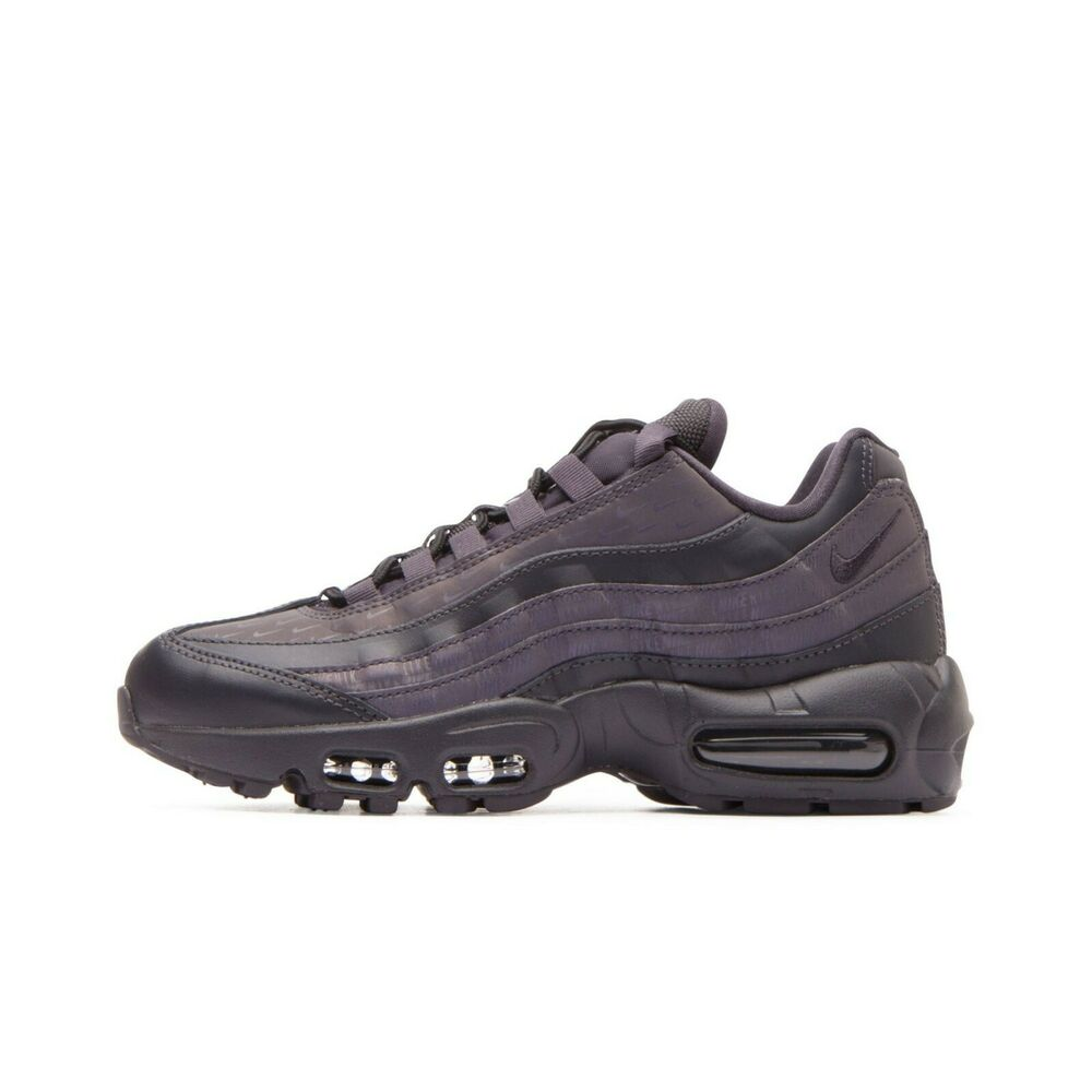innovative design 2a2f9 92756 Details about Size 7   8 Nike Women Air Max 95 LX Shoes AA1103 004 Black  Grey