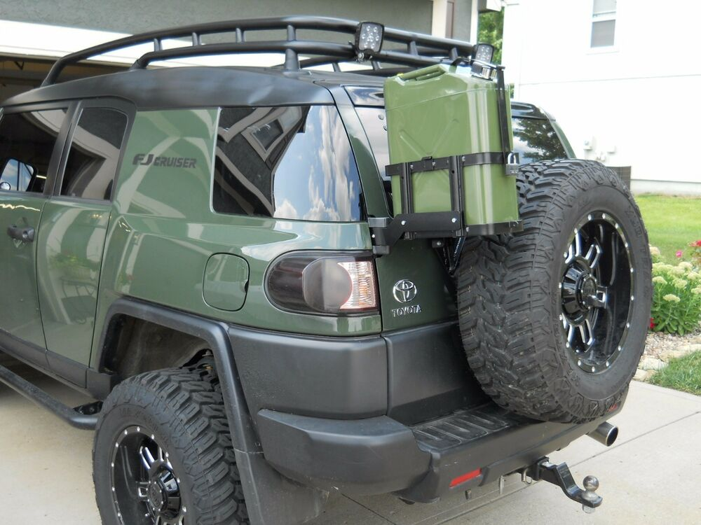 jm1 jerry gas can mount for toyota fj cruiser all years read description ebay. Black Bedroom Furniture Sets. Home Design Ideas