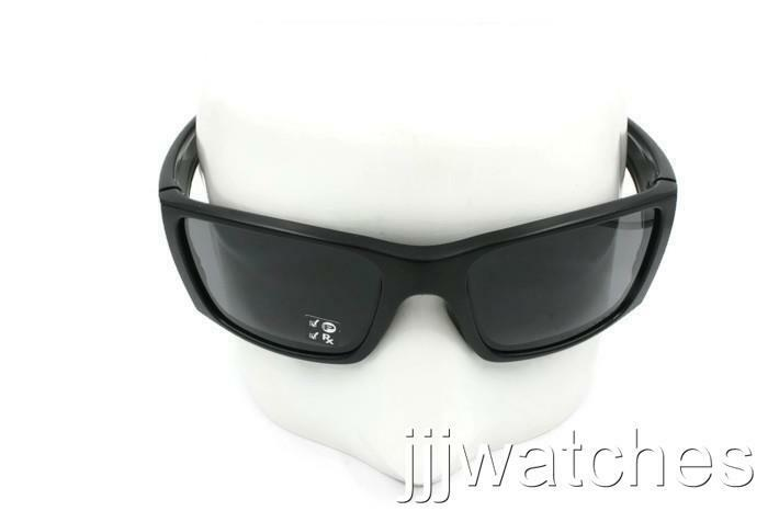 cae18c07fab Details about New Oakley Fuel Cell Matte Black Gray Polarized Men Sunglasses  OO9096 05  163