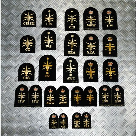 img-Genuine Royal Navy Embroidered Assorted Branch Qualification Badges Various