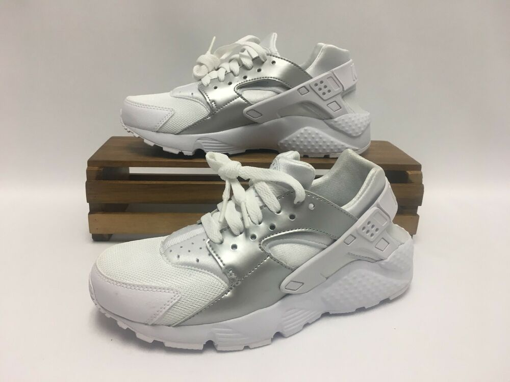 c8f7414c567 Details about Nike Huarache Run (GS) Running Shoes White Silver 654275-108  Youth Size 4.5Y NEW