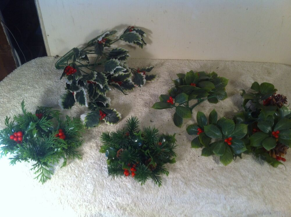 Lot Of 6 Vintage Plastic Christmas Candle Ring Green Holly