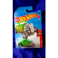 Hot Wheels '32 Ford Green Exposed Engine HW Flames #10/10 Die-Cast 1:64 Scale