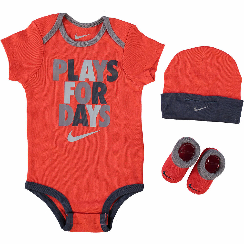 cba04dbb5 Details about NIKE Baby Boy / Girl 3-pc Red Outfit Gift Set 'Plays For  Days' 6-12 months