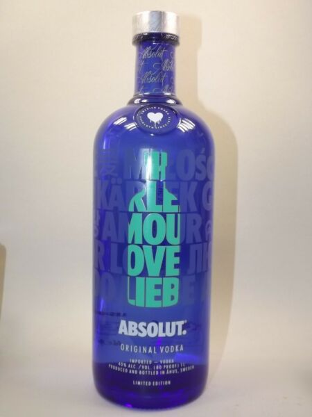 Absolut Vodka  Drop of love 1000 ml 40% Vol. Limited Edition