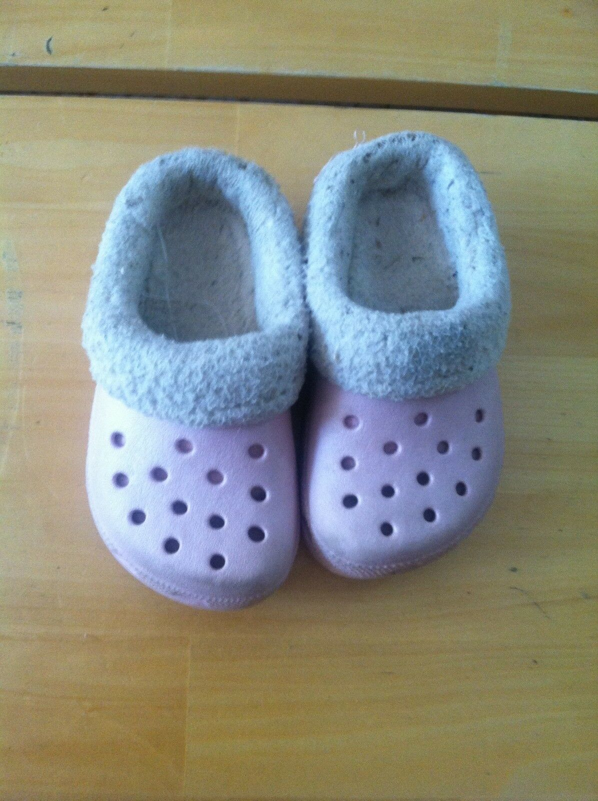 bff01931d UPC 883503925632 product image for Crocs Mammoth Shoes Pink Baby Size 6 C 7