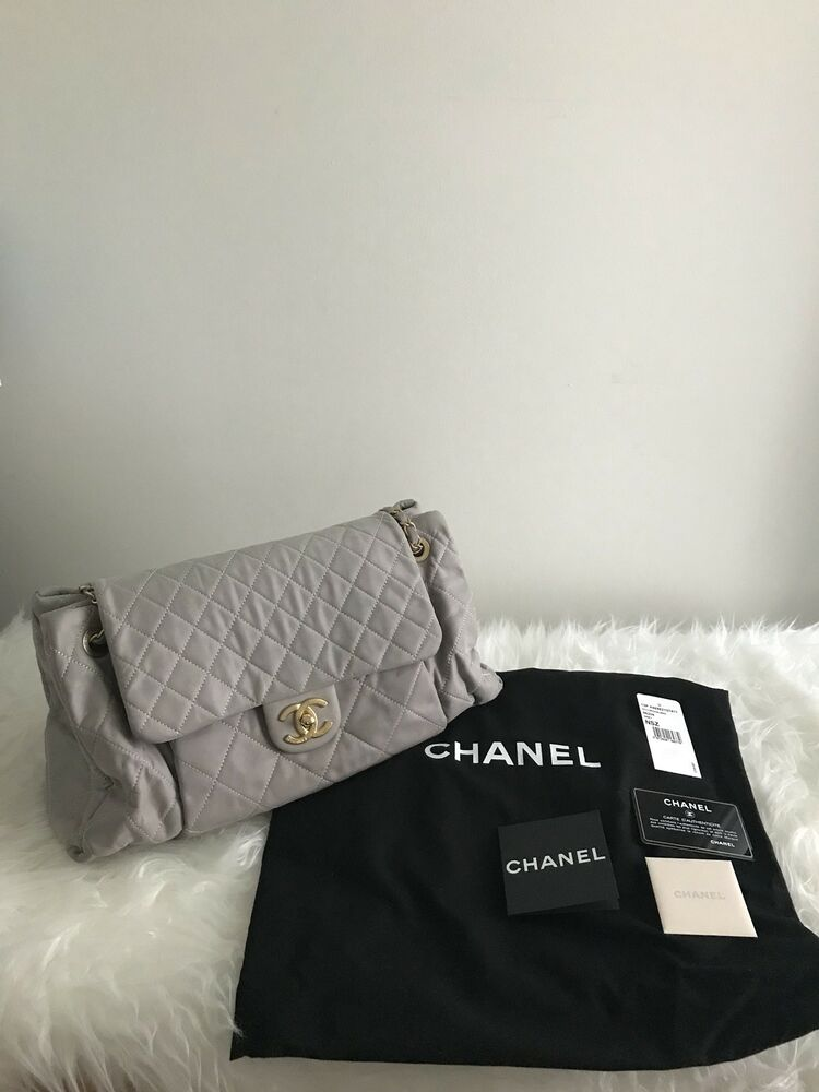195cf0a5e09d01 Authentic CHANEL Chic Quilt Accordion Bowler Bag Iridescent Calfskin  Leather 13P | eBay
