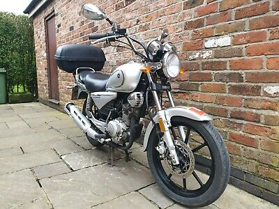 YAMAHA MT-03 ABS 2016 ONLY 13 MILES FROM NEW! NOT 13K THIRTEEN MILES!