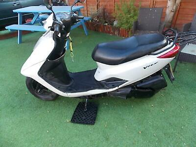 YAMAHA XC 125 E VITY, 2012, WHITE, 2 OWNERS, SERVICED, LONG MOT, HPI CLEAR