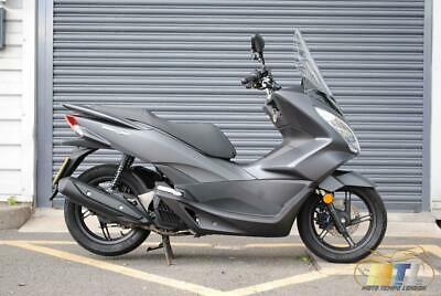 Honda PCX 125 Grey 2017 in Immaculate condition