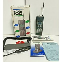 VINTAGE 90s 1992 Personal Cellular Cell Phone ~ NOKIA 100 Big Brick Phone w/ Box