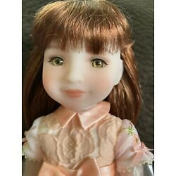 Kyпить Ruby Red Fashion Doll Luclie Limited Edition на еВаy.соm