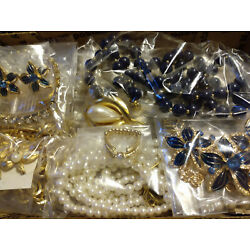 Kyпить Vintage to Now Jewelry Blues/Faux Pearls/Rhinestones/Gold tones All Wearable на еВаy.соm
