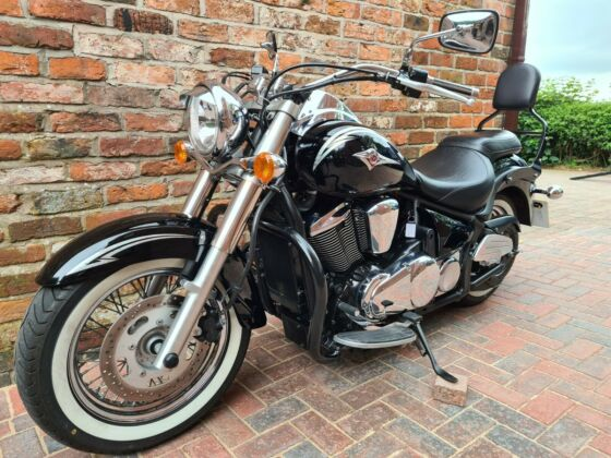 KAWASAKI VN900 CLASSIC 2011 HPI CLEAR,SUPER CLEAN CONDITION,LOW MILES,LONG MOT