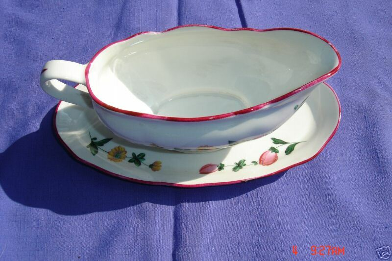 veritable porcelaine de france f d chauvigny gravy boat underplate ebay. Black Bedroom Furniture Sets. Home Design Ideas