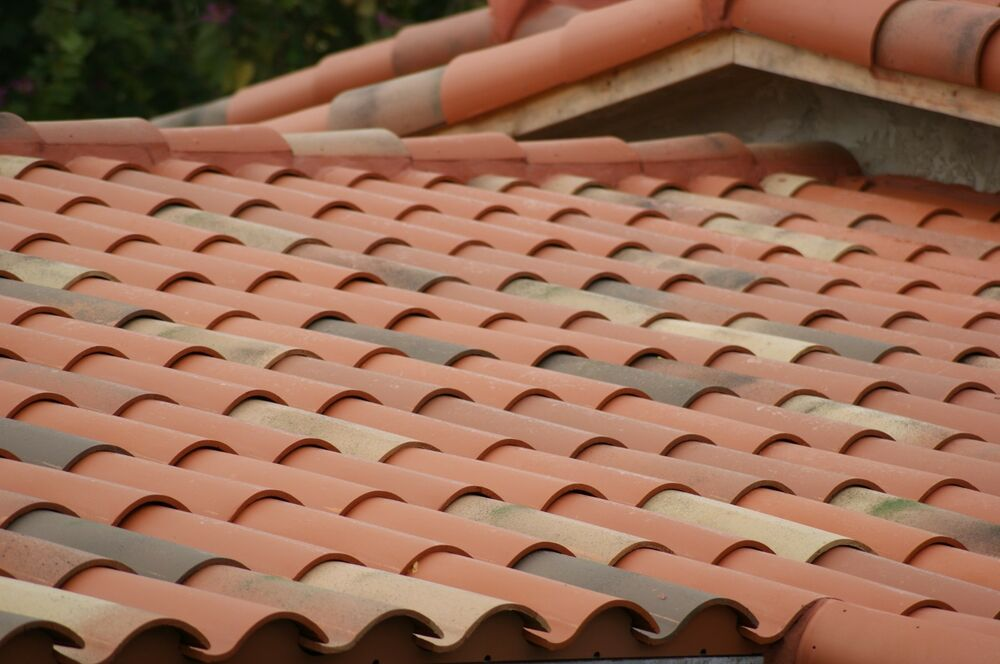 S type clay roof tile hip roofing spanish terracotta ebay for Spanish clay tile roof