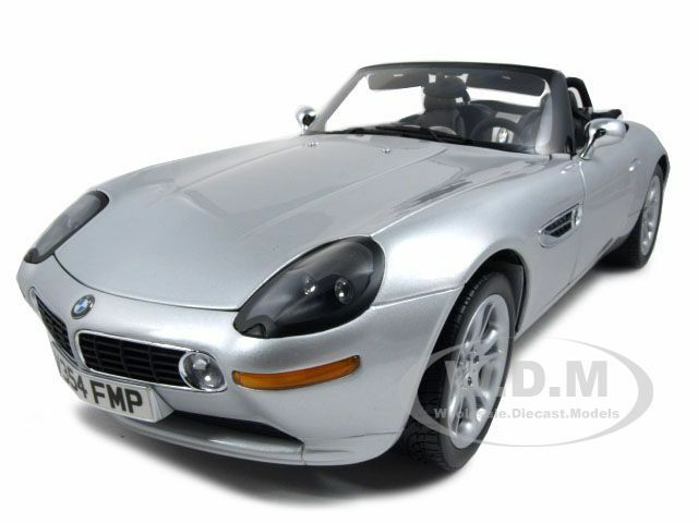 Bmw Z8 James Bond 007 World Is Not Enough 1 12 Model Car