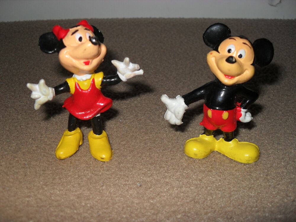 Mickey Amp Minnie Mouse 2 Inch Figurines Walt Disney