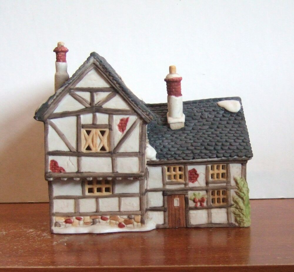 dept 56 dickens village tudor cottage 65188 rare y170