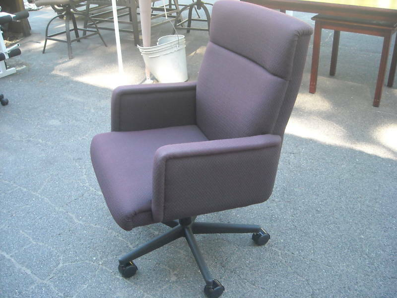 CONFERENCE ROOM GUEST CHAIRS Wheels MUELLER FURNITURE CORP WeDeliverLocally C