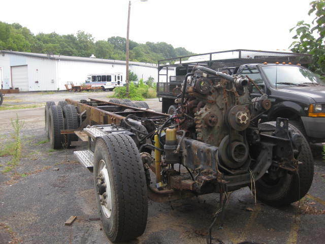 2003 Freightliner Fl106 Rolling Chassis With Engine Trans