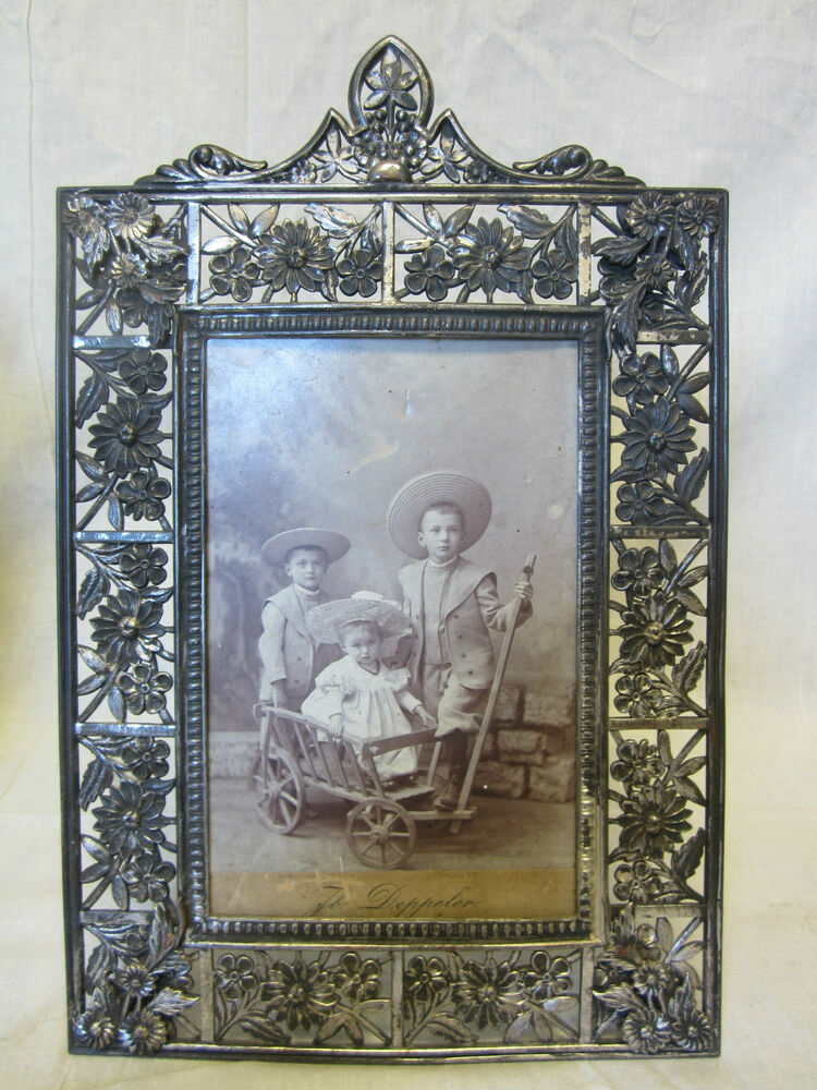 Victorian Ornate Picture Frame Hartford Silverplate Co