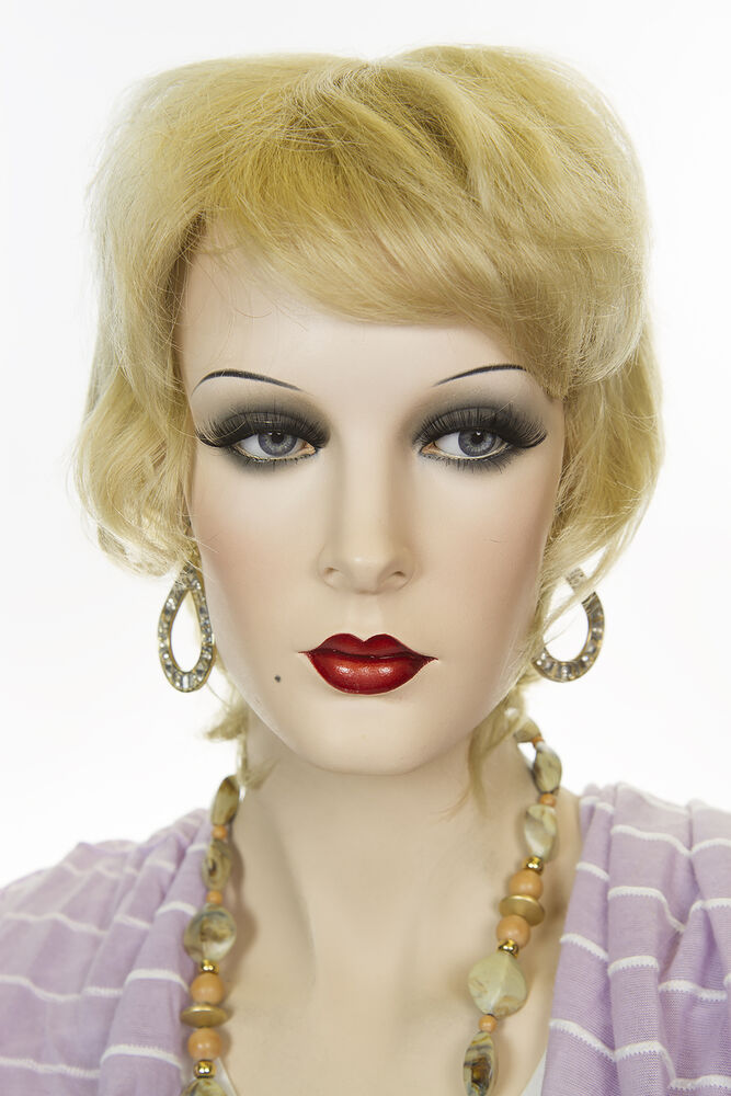 Champagne Blonde Your Light Brown: Champagne Blonde Blonde Short Human Hair Straight Wigs