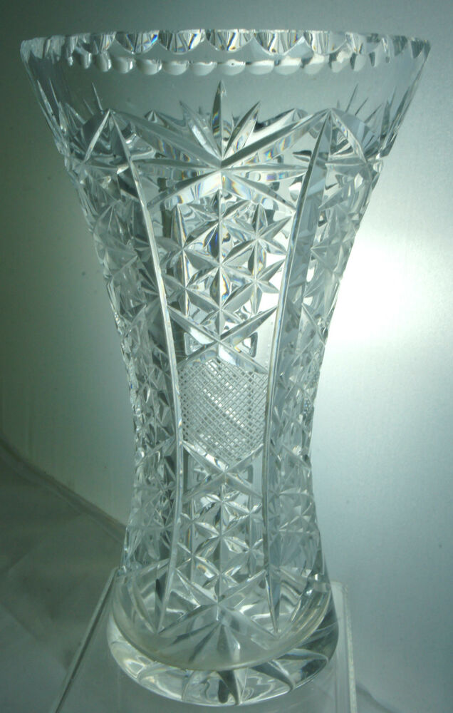 VINTAGE CUT GLASS OR CRYSTAL FLOWER VASE STARBURST PATTERN ...