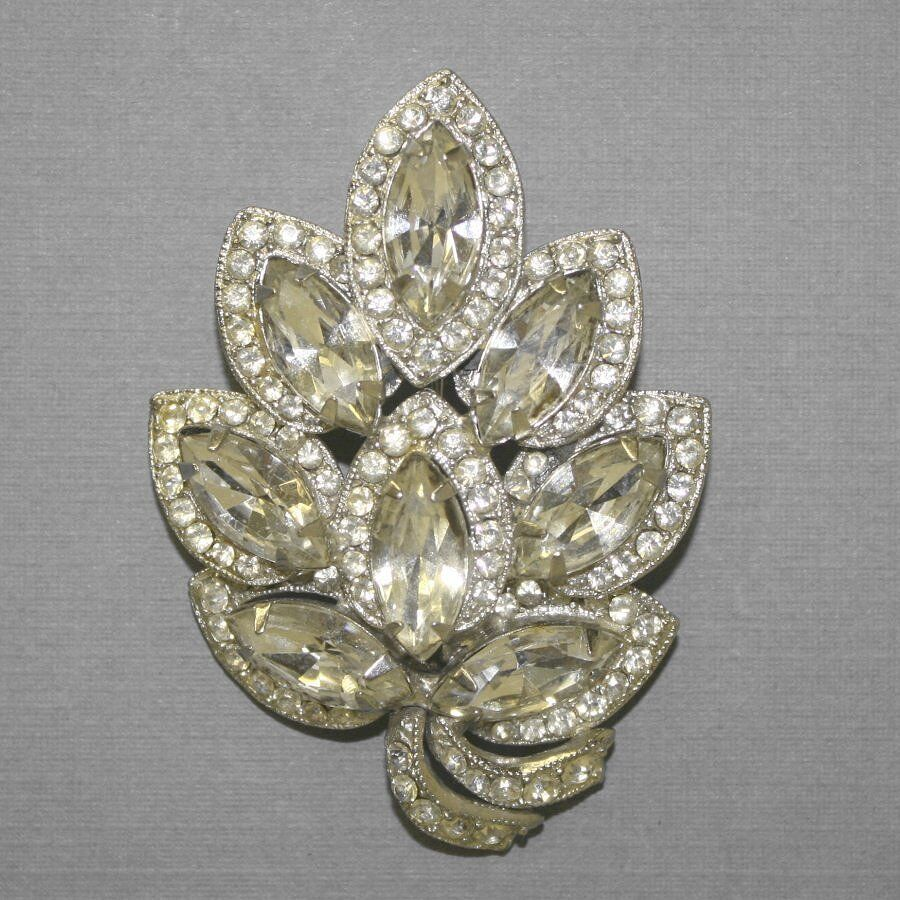 Sell Vintage Costume Jewelry 8