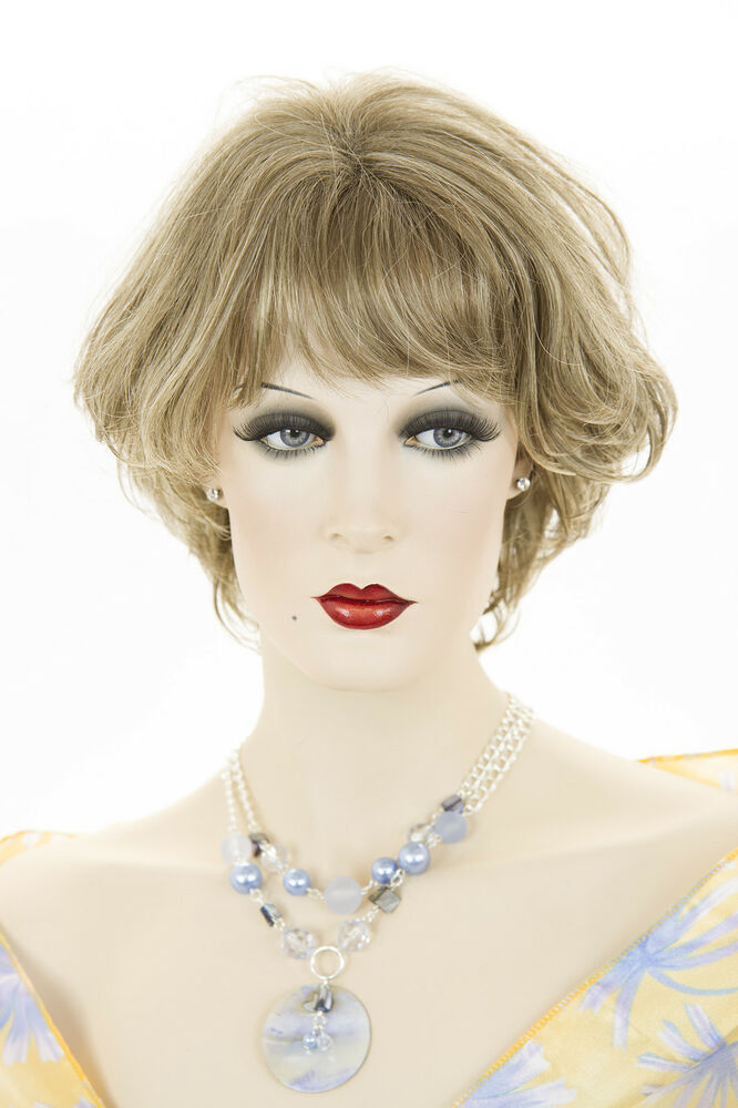 Champagne Blonde Your Light Brown: Light Ash Brown Champagne Blonde Frost Blonde Short Wavy
