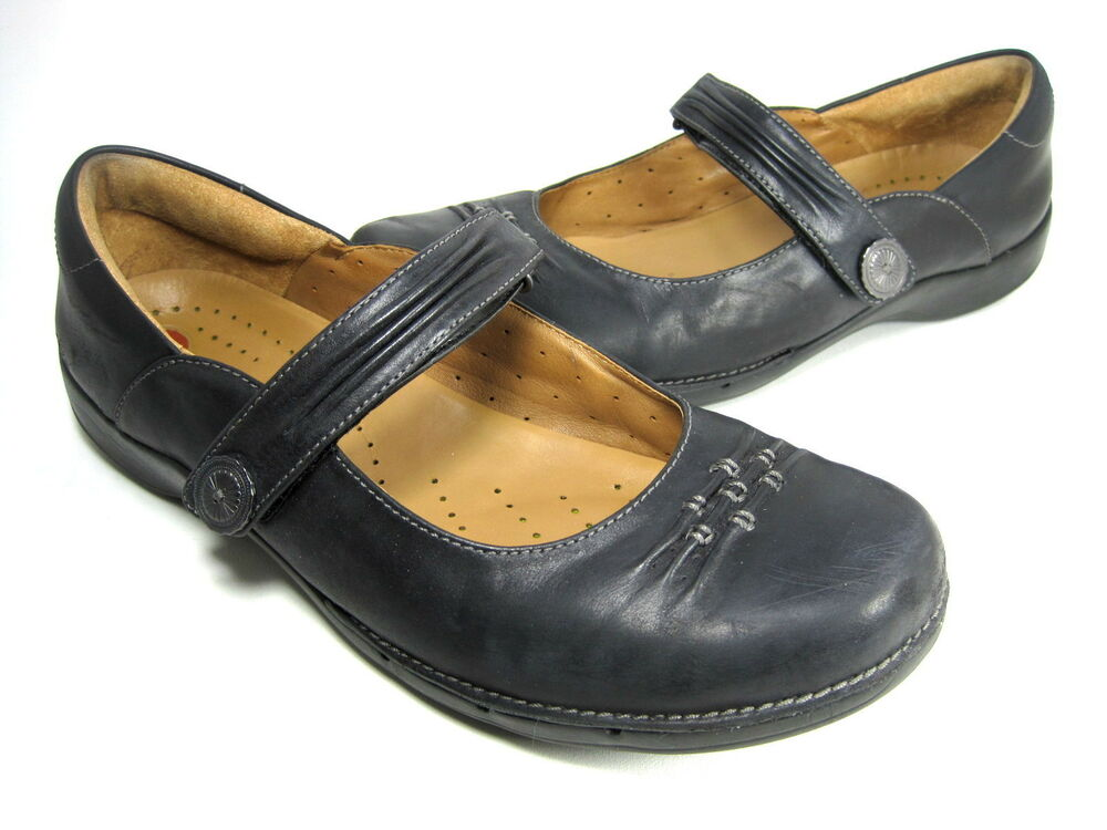 Womens Clarks Bendables Shoes Size M