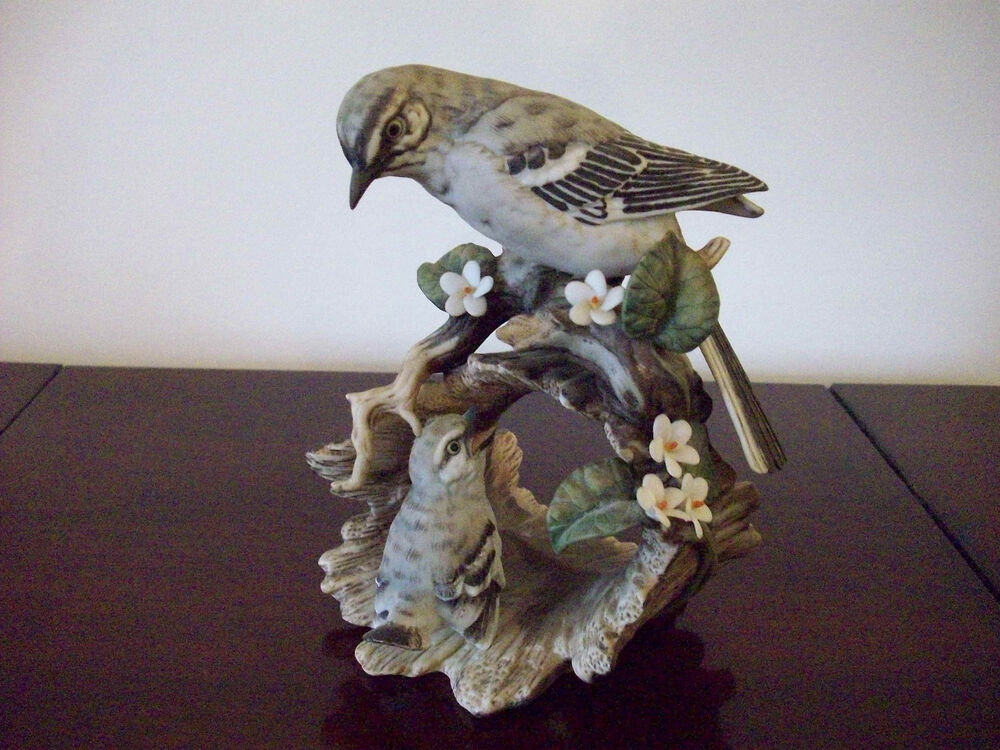 Homco home interior masterpiece porcelain mockingbird Home interiors figurines homco