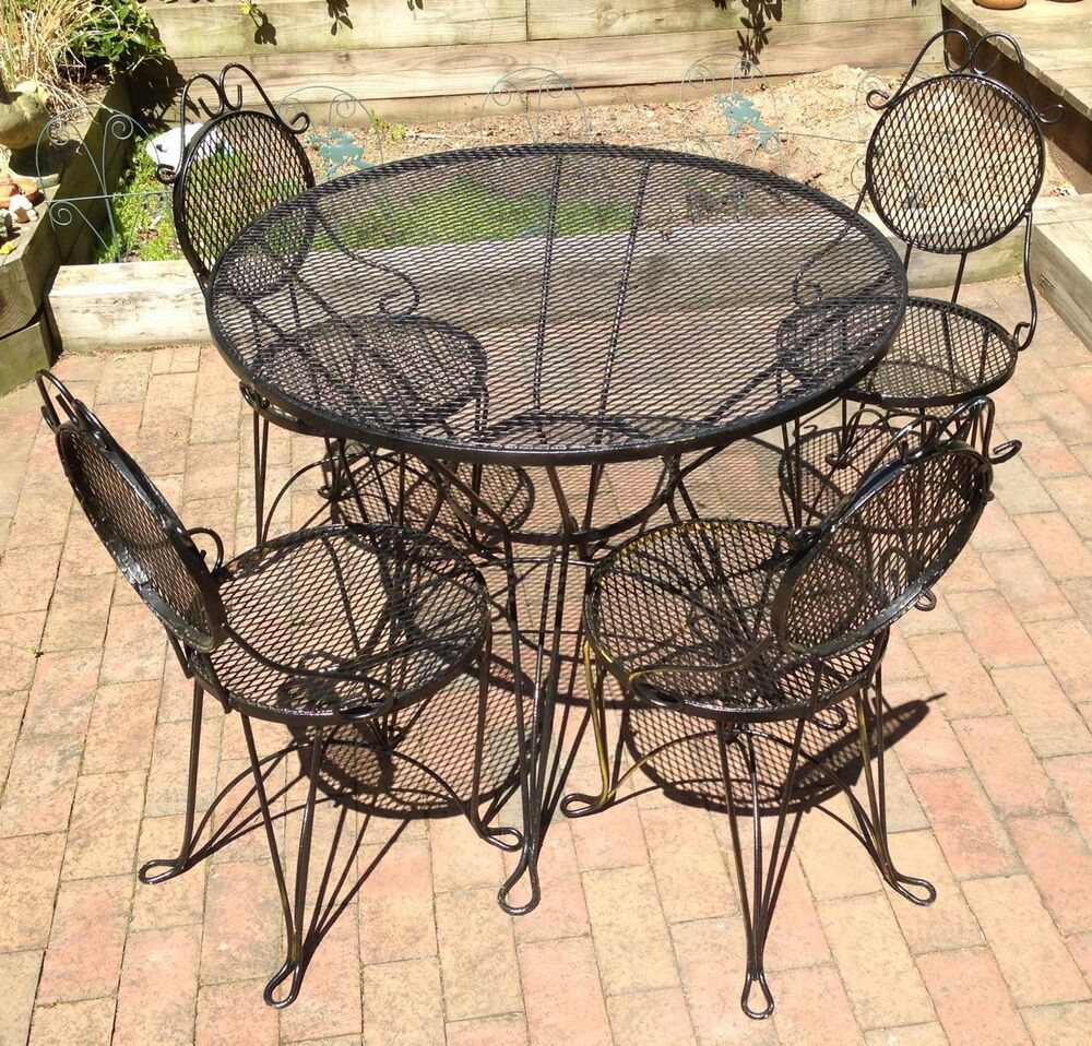 Outdoor Iron Table And Chair Set: Wrought Iron Patio Garden Table & 4 Chairs Set. Mid