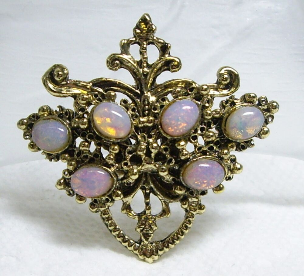 Vintage Gold Tone & Opaline Harlequin Glass Cabochon Pin