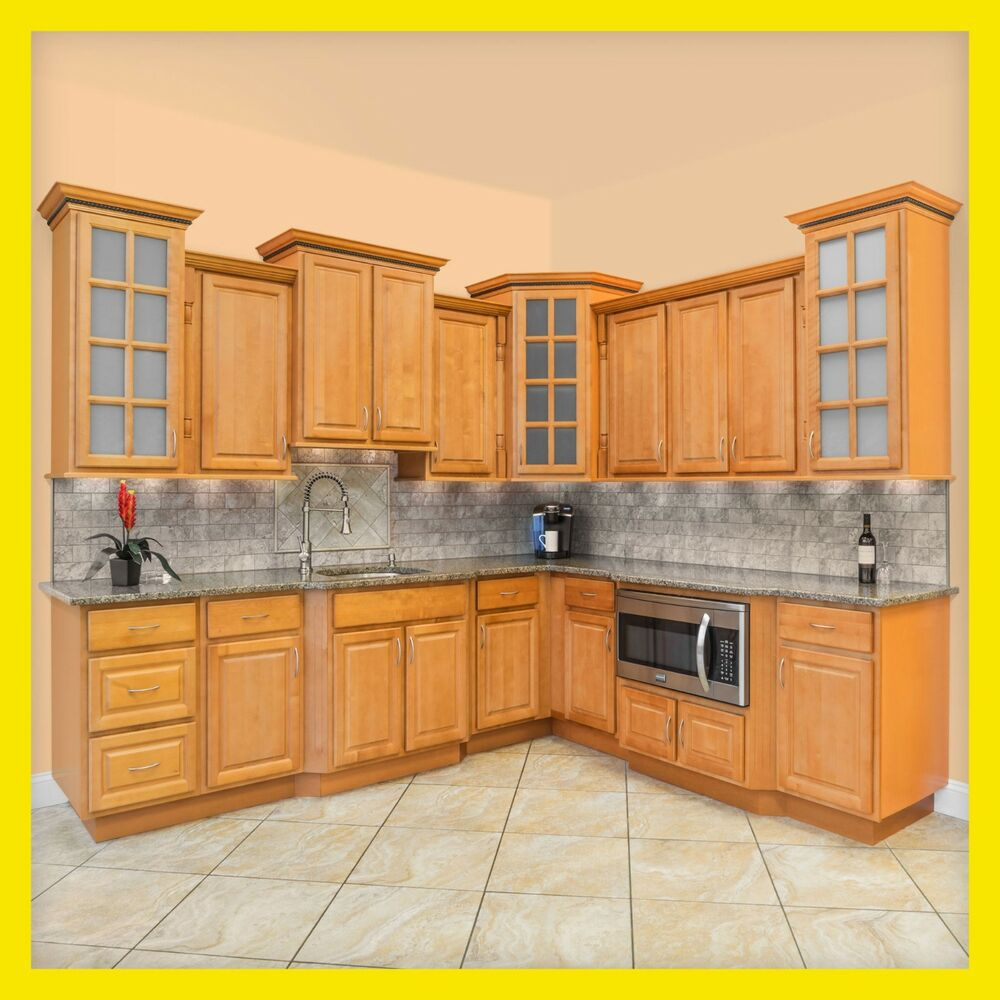 All wood kitchen cabinets 10x10 rta richmond ebay for Wood cabinets