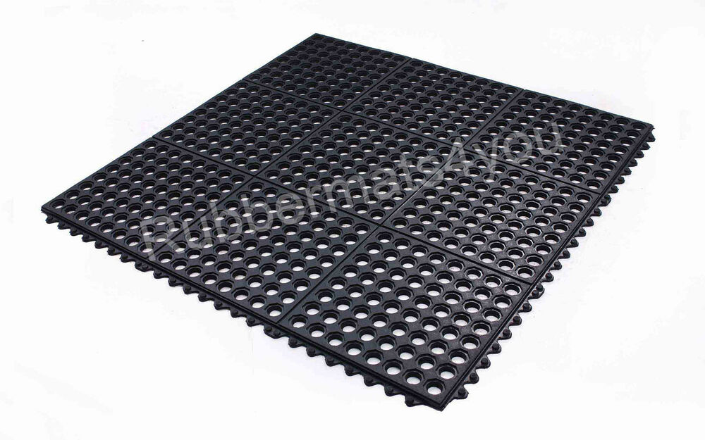Interlocking Rubber Safety Mat Wet Holes Restaurant Bar