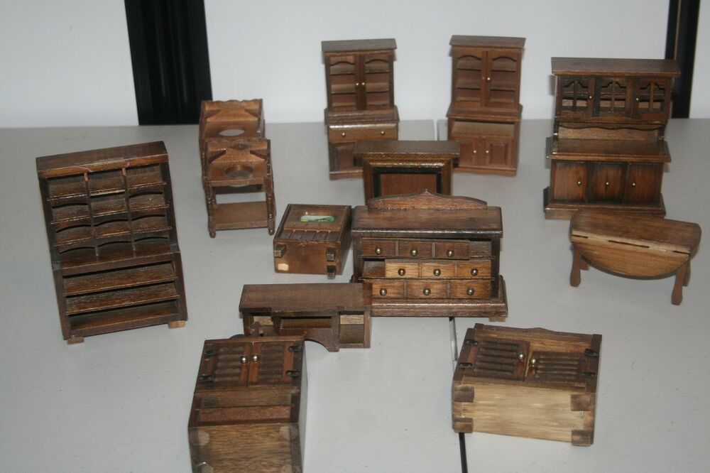 Rm Collectible Vintage Wood Doll House Furniture Gently