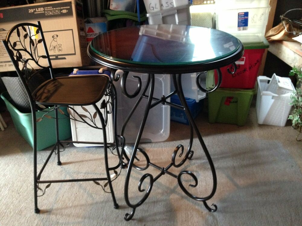 WROUGHT IRON PUB GLASS ROUND TABLE 4 CHAIRS EBay
