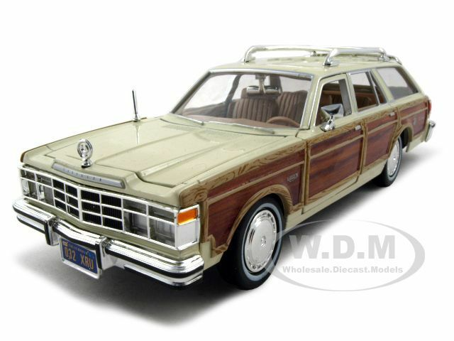 1979 chrysler lebaron town and country beige 1 24 model car by motormax 73331 ebay. Black Bedroom Furniture Sets. Home Design Ideas