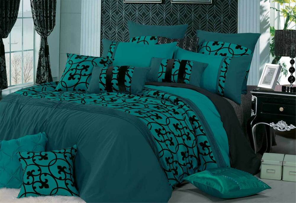 Queen Super King Lyde Teal Quilt Cover Set Black