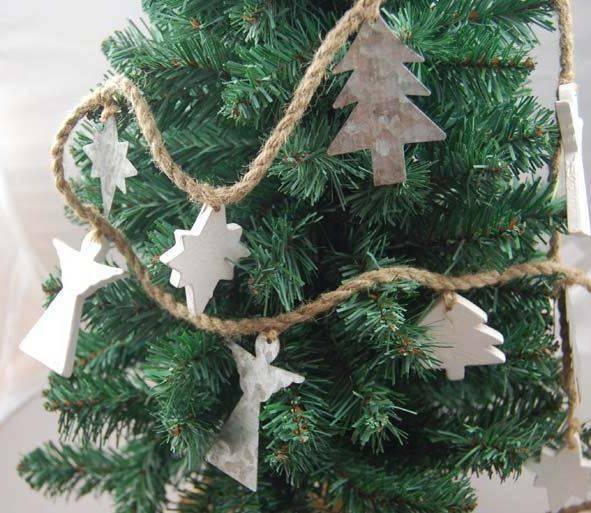 Heaven sends rustic angel garland rustic christmas decoration tree decoration ebay for Angel of the north christmas decoration