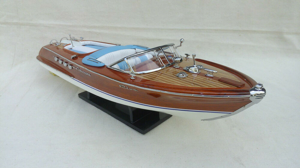 riva aquarama 20 3 options wood model boat l50 handmade italian speed boat ebay. Black Bedroom Furniture Sets. Home Design Ideas