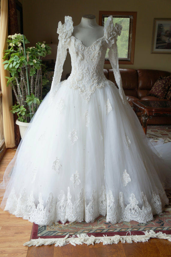 Vintage romantic princess style wedding gown eve of for Ebay vintage wedding dress