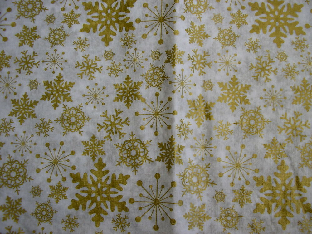 Christmas gold and white snow flake design flannel back for Table induction 70 x 52